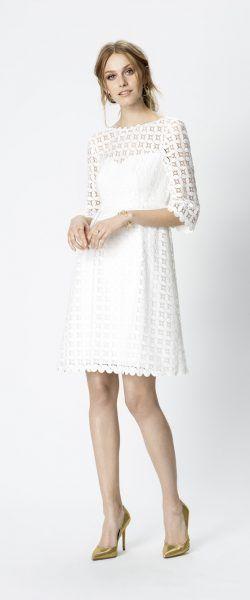 gefunden bei Happy Brautmoden Brautkleid kurz, kurzes Brautkleid, Rembo Styling, edel, elegant, Vintage, Rückenausschnitt, Hochzeitskleid