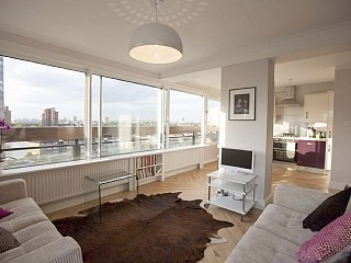 Attractive Sparkling Two Double Bedroom Riverside Flat Overlooking Chelsea And  Kensington Vacation Rental In Putney