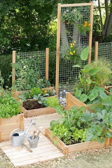 Traverses bois pour creer mur végétal et jardin potager
