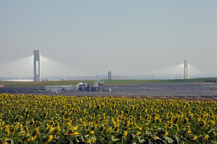PS10 and PS20 solar thermal power stations in Spain.