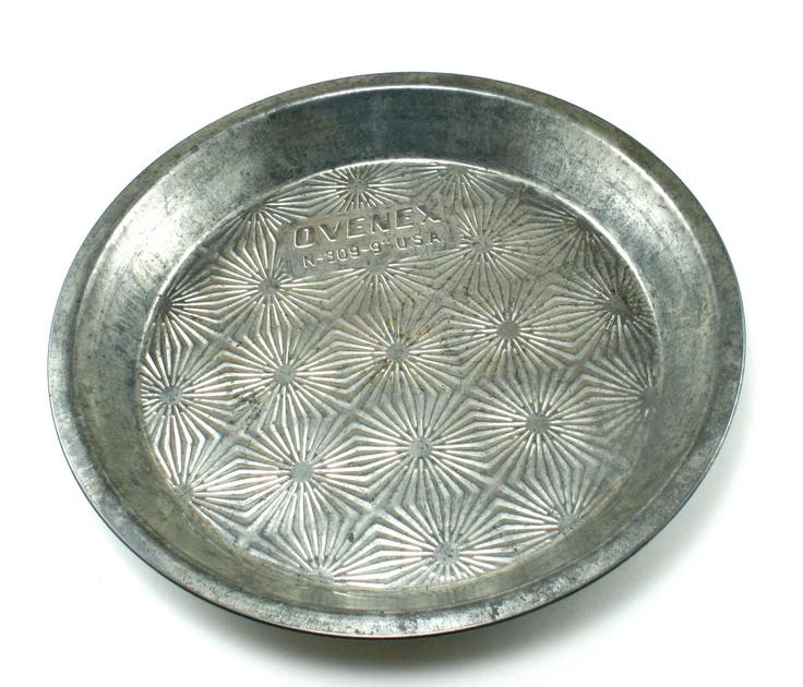 Vintage 1930s Ovenex Pie Tin Starburst Pattern Baking