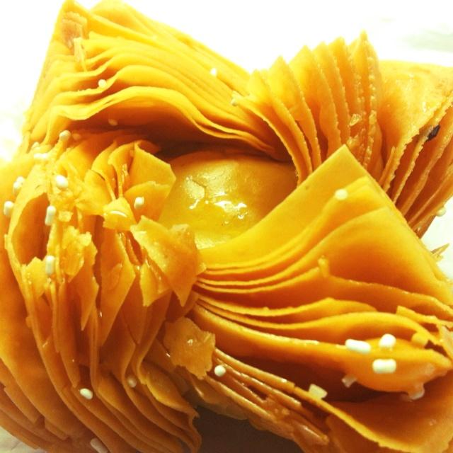 """Los pastelitos del """"""""25 """""""" relleno con dulce de batata o dulce de membrillo un mmmmmanjarrrr"""