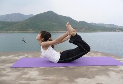 yoga poses for pelvic floor strengthening with images