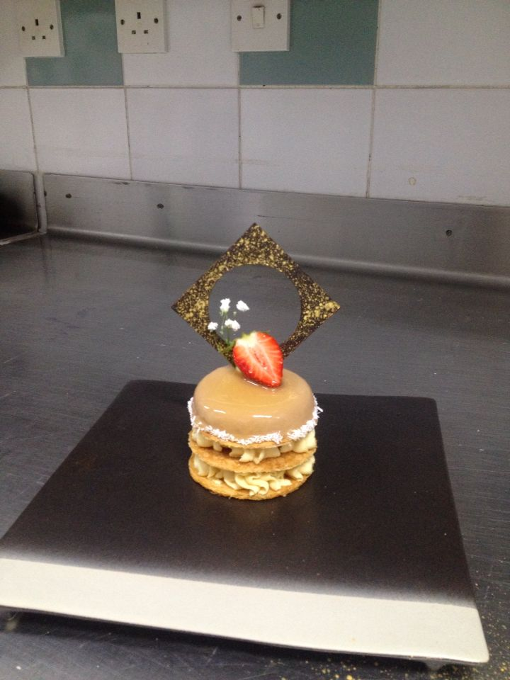 millefeuille hazelnut and strawberry with caramel mousseline