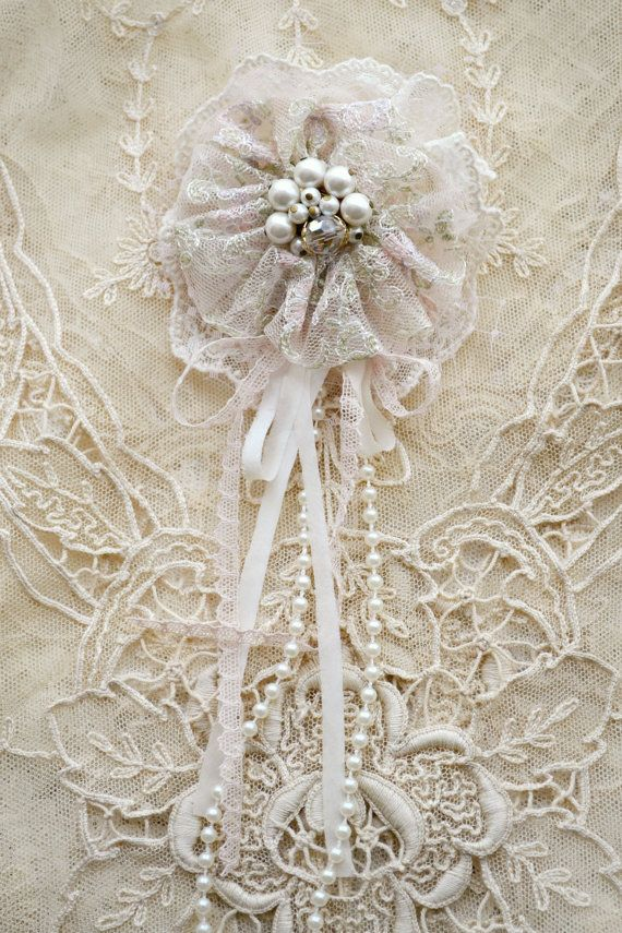 Pink and White Gillyflower - Handmade lace flower brooch by Jennelise
