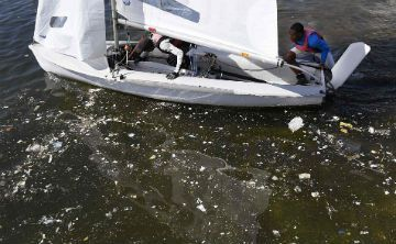 RIO DE JANEIRO - Brazil - Raw sewage continues to pour into Guanabara Bay in Rio which is hosting the Olympic triathlon, sailing and marathon swimming events at the Games.