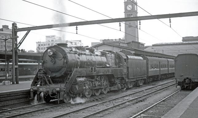 The Big Smoke – Steam Trains To Sydney, Australia - Stories From The Days Of Steam