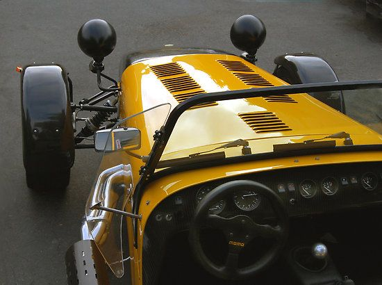 Caterham 7 one of my favorite cars ever.