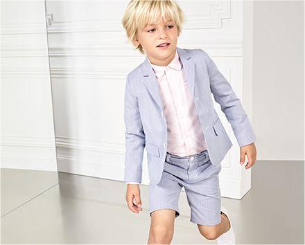 Tenue de cétémonie pour petit garçon Jacadi : Veste bleu, chemise blanche, bermuda assorti bleu, tennis blanches #mode #garcon #adolescent #enfant #mariage #religieuse #tenue #bapteme #hiver #ete #été
