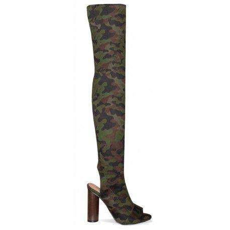 Adoptez le look de la célèbre Kim Kardashian avec ces sublime bottes tissusimprimé camouflagequi arrive au dessus de genou avec talon en bois. zip intérieurpour faciliter l'ouverture et fermeture de la botte. Hauteur du talon : 10 cm