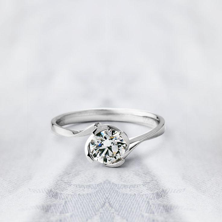 ПОКАЗАТЕЛЬНО  Перед вами уникальный индикатор большой и чистой любви. Взглянув на это кольцо женщина понимает, что она самая любимая и единственная, именно та, с которой он готов провести всю жизнь. Мужчина должен внимательно посмотреть на чистейший бриллиант, потом на глаза любимой: если они сияют ярче бриллианта — это любовь.  💎Купить изделия можно в нашем интернет-магазине или же оформить заказ по телефону🌺: (063)2331624, (066)2331624  #zbird #zbirdukraine #zbird_rings #помолвка…