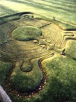 Turf Maze, Town of Saffron Walden, England (c1699). The most famous and one of the best preserved ancient turf mazes in the UK.