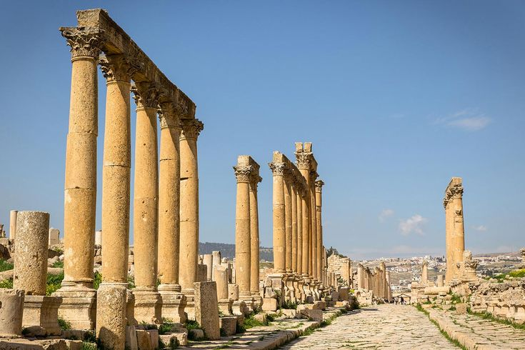 There aren't many places around the world where you can walk in the footsteps of history but at Jerash you can