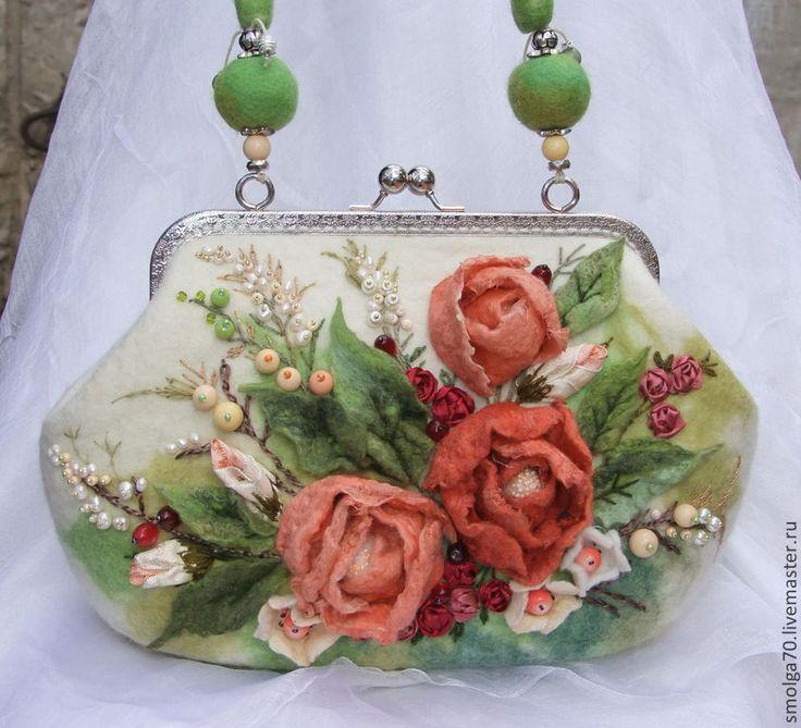 """Купить сумочка """"Мила"""" - оранжевый, коралловый, КОРАЛЛОВЫЕ ЦВЕТЫ, розы, вышивка, букет, букет роз"""