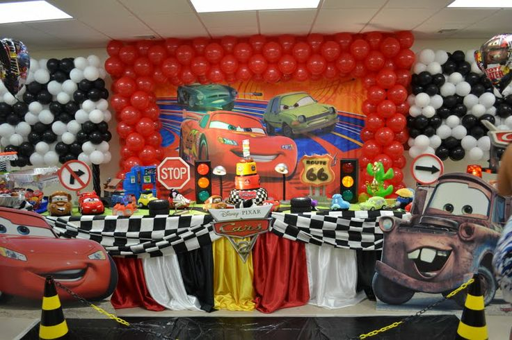 Cars party decoration cars pinterest car party for Automobile decoration