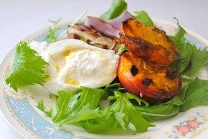 ... : Grilled Peach & Burrata Salad with Honey-Lemon Vinaigrette