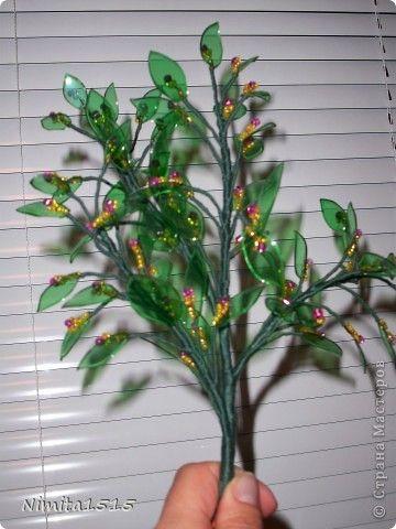 Цветущее дерево из пластиковых бутылок Хорошее настроение