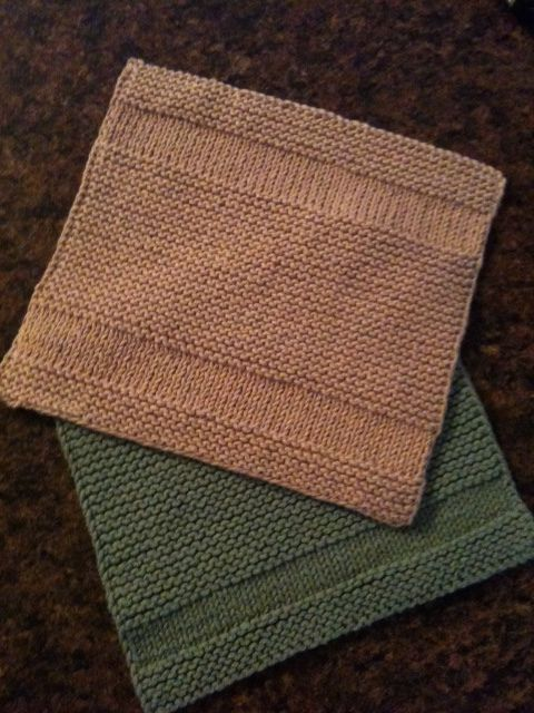 Copycat Dishcloth by Michelle Krause. Simple and symmetrical. By slipping the first stitch of every row and purling the last stitch, the 2 side edges maintain an attractive appearance.
