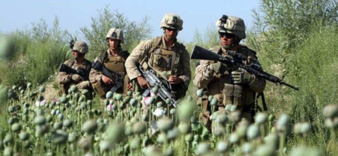 Le commerce d'héroïne en Afghanistan : Le butin de guerre de plusieurs milliards de dollars #afghanistan #drogue #crime #corruption #armee #usarmy