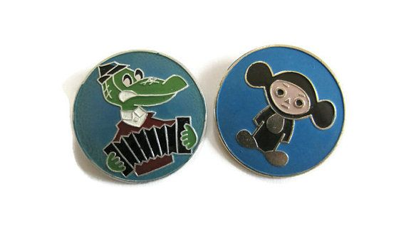 Gena the Crocodile and Cheburashka enameled pin - vintage pin/brooche/badge from soviet times - Made in USSR