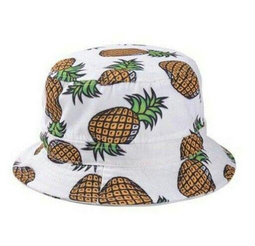 Pineapple bucket hat on my way