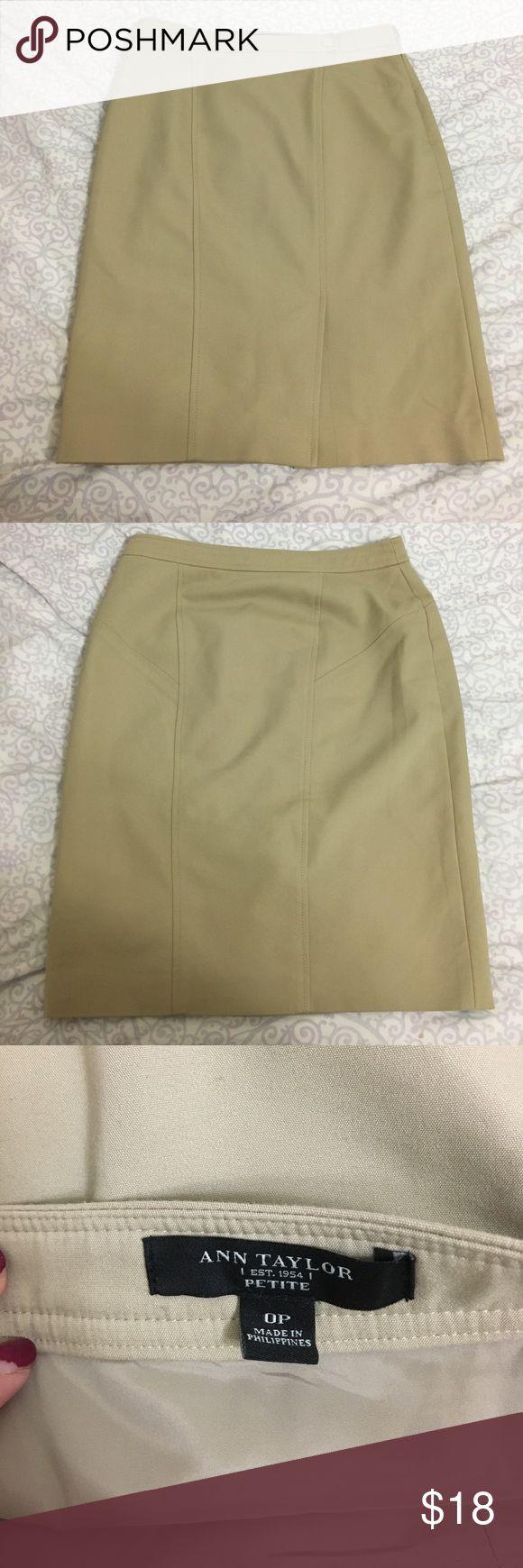 Ann Taylor petite pencil skirt Pencil skirt petite 0. Side zipper. Cute snap detail on waist. Barely worn Ann Taylor Skirts Pencil