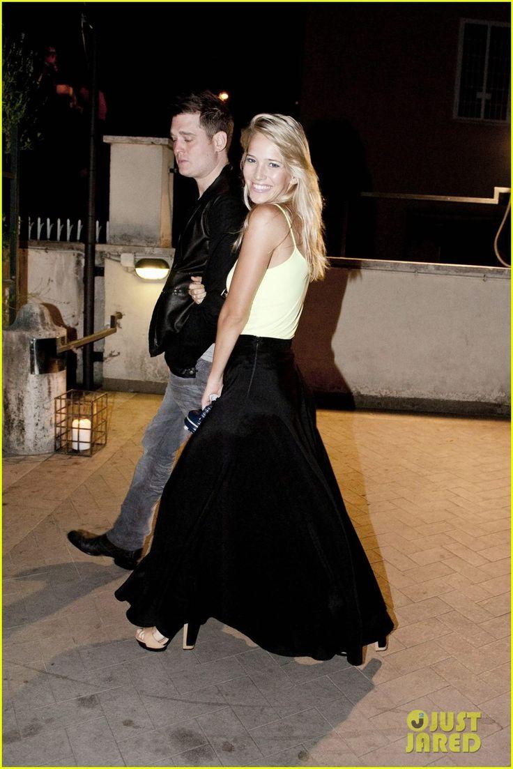 skirt. Luisana Lopilato & Michael Buble