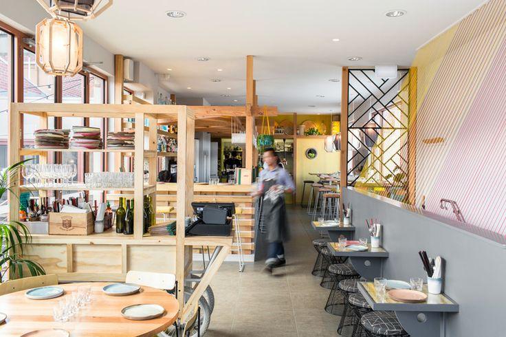 Uncle St Kilda es el restaurante, bar y terraza vietnamita diseñado por Foolscap Studio en Melbourne.