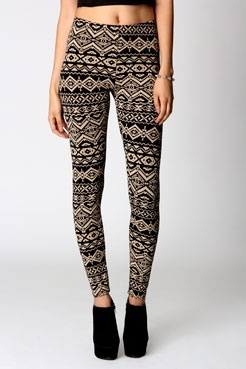 Aztec Print Leggings style and the body to wear them!