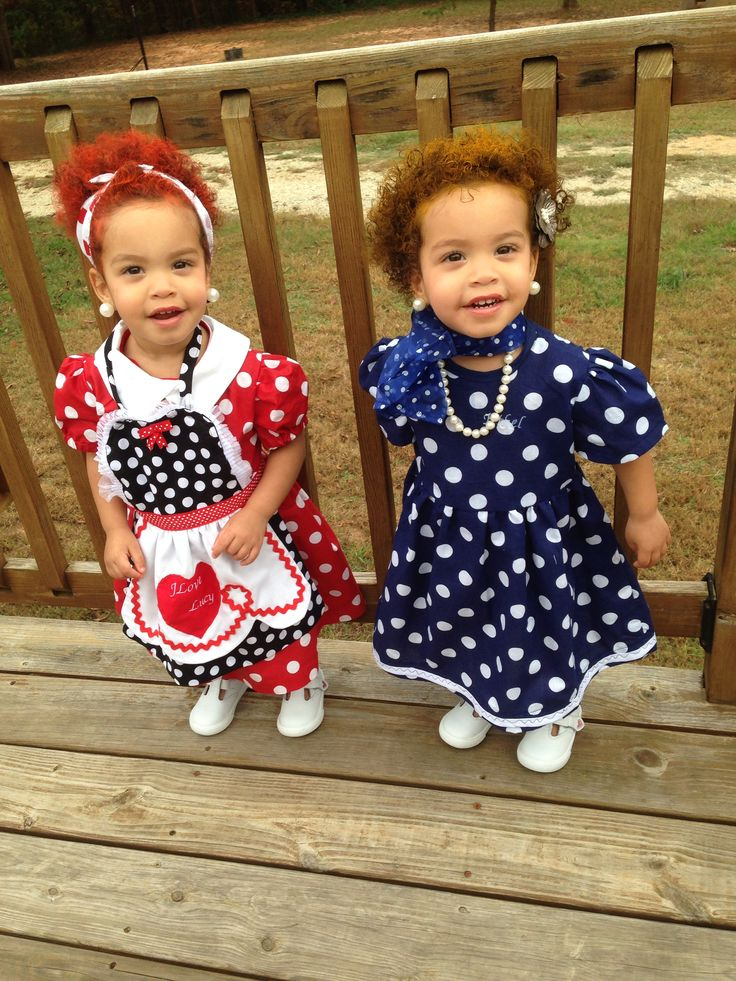 Twin girls halloween