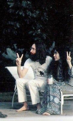 ♥♥John W. O. Lennon♥♥  ♥♥Yoko-Ono Lennon♥♥