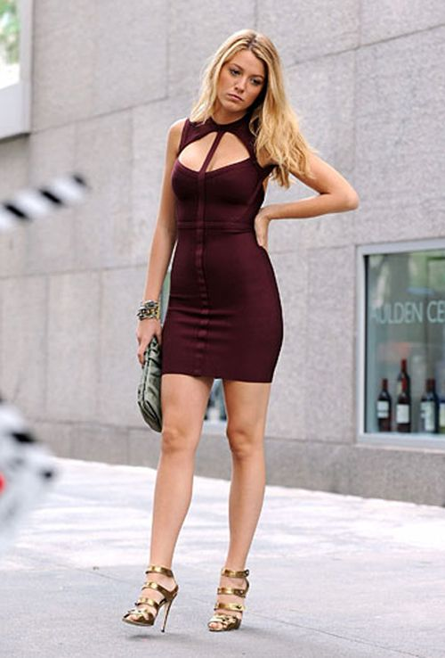 26 Blake Lively�s Fabulous Dresses                                                                                                                                                                                 Plus