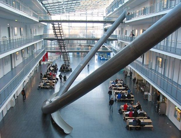 No mínimo curioso: Libraries, Munich, Houses, Building, Schools, Student, Germany, Design, Indoor Sliding