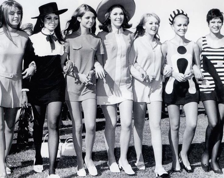 Flemmington fashion 1966, Melbourne, Australia.  Melbourne Cup