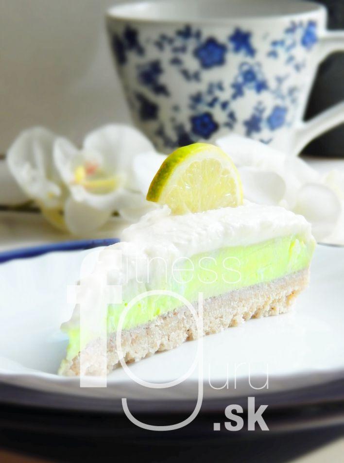 Nepečený limetkový koláč