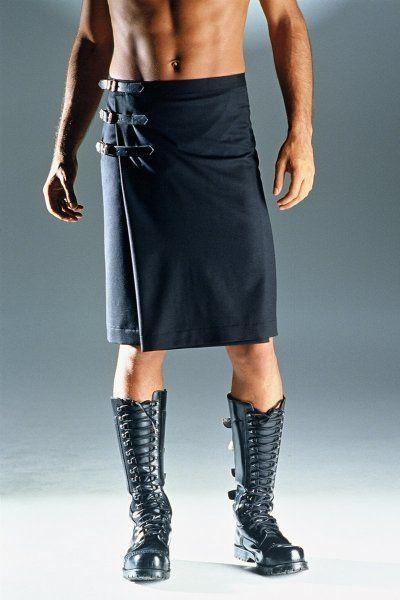 Jupe masculine Anders Landigers, modèle Athen version courte. Anders Landigers Athen short menskirt. Mots-clés : Jupe pour homme, Jupe masculine.