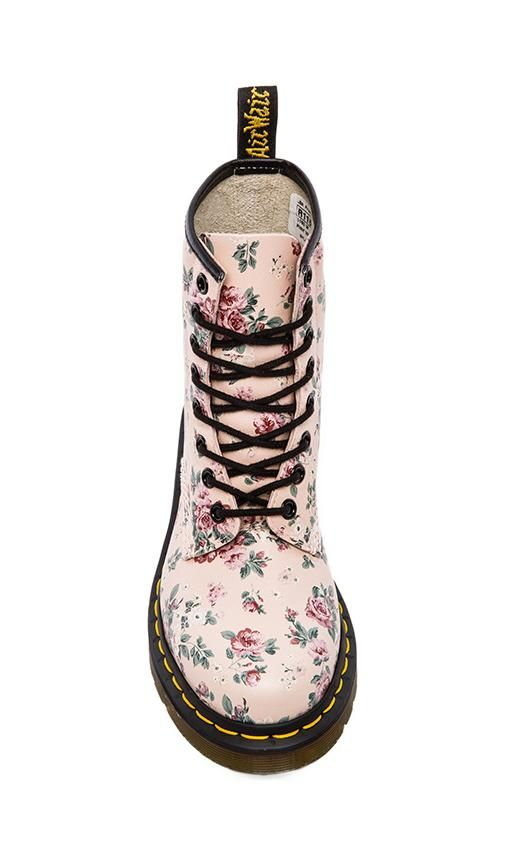 Docs with flower print... If I was a Dr. Martens shoe, this is what I would look like.
