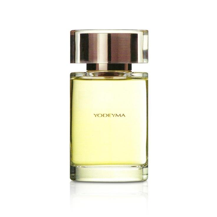 Yodeyma Kara è il profumo dalle note floreali, fruttate che regalano una sensazione di freschezza e raffinatezza a chi lo indossa sulla propria pelle.