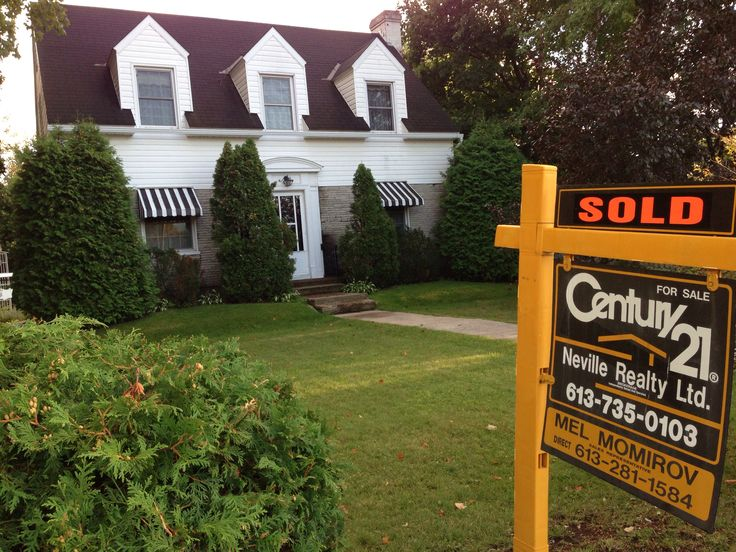 Cap Cod Style home sold in Pembroke Ontario