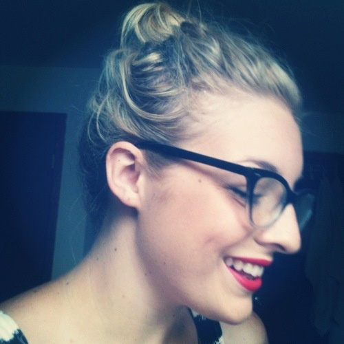 How To Get a Perfect Red Lip: Guest Vlogger   Birchbox