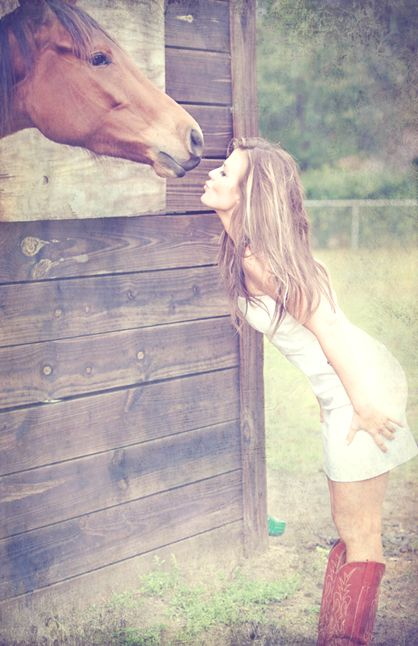 boots & dress, such a cute pic!