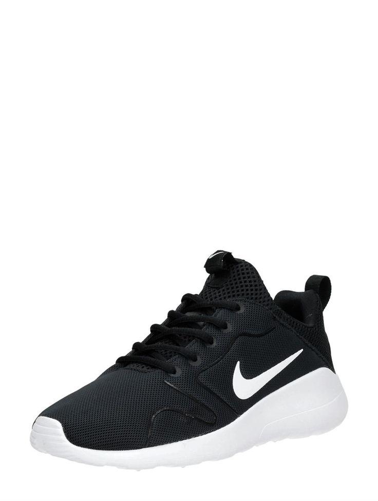 Wanneer je Nikes aandoet naar een festival, ben je verzekerd van de hele dag losgaan zonder zere voeten! Dit zijn de Nike WMNS Kaishi 2.0.