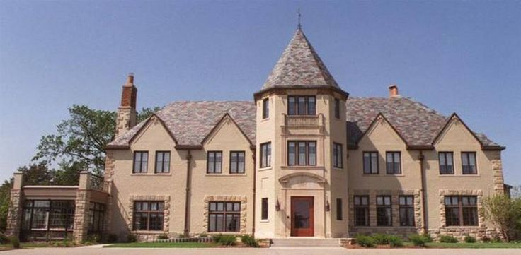 An exterior view of Cedar Crest, the Kansas governor's mansion in Topeka, Kan., that has just undergone an 18-month, $ 4.3 million renovation. Kansas Gov. Bill Graves and his family moved into the Cedar Crest Thursday, May 11, 2000. (AP Photo/The Topeka Capital-Journal, Greg Lahann)
