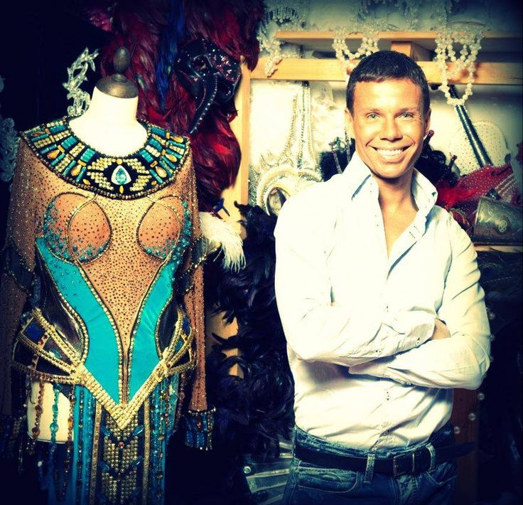 Mythmaking: Behind the scene of #Cleopatra #Show  #Evdokimovshowtheater #costumes #show #theater #theatre #dragqueenshow #diva #cabaret #showthwater #centralstationclub #nightclub #moscow #pussycatdolls #egypt #vogue #cleopatra #queen #anubis