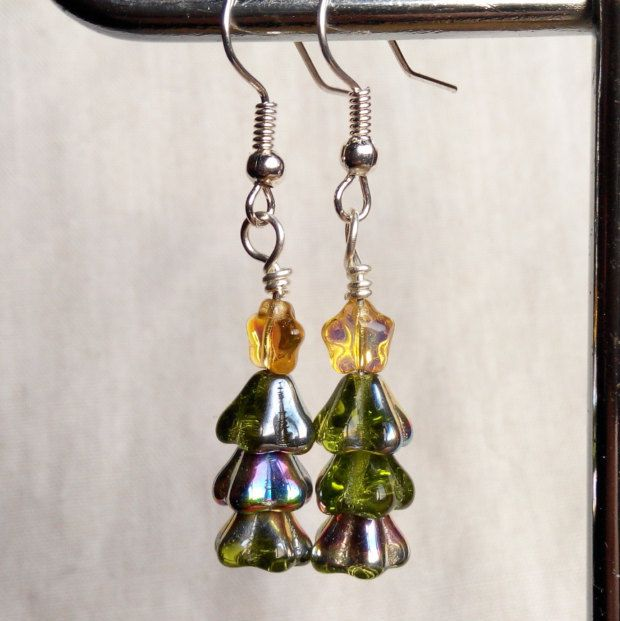 Christmas tree earrings green with gold stars. made in Ireland. by terramor on Etsy