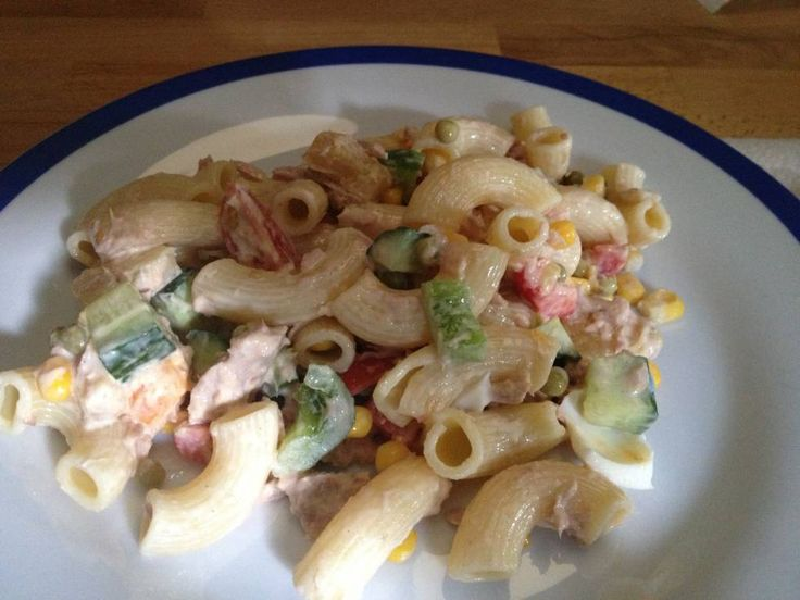 Koude Pastasalade Met Tonijn recept | Smulweb.nl