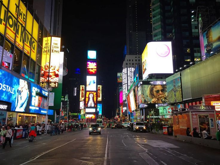 NOISE , NYC (ved Times Square, New York City)