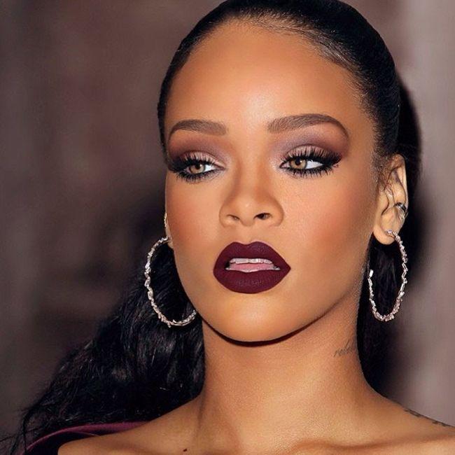 AfroCulture.net» » Rouge à lèvres bordeaux – peau noire & métisse.