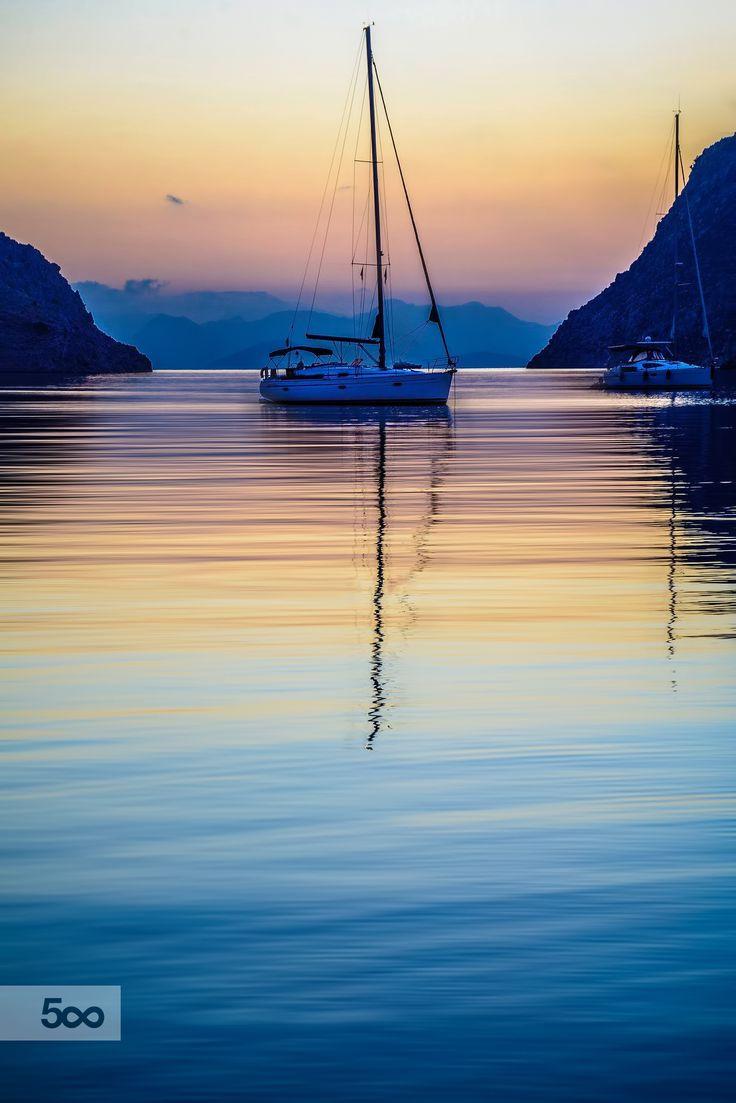 Google themes zvezda - The Boat By Panagiotis Laoudikos