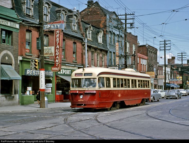 TTC Streetcar. Queen St at Parliament, Toronto, 1965